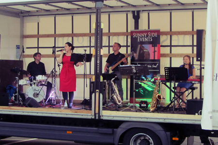 Firmenevent mit Band Sunny Side